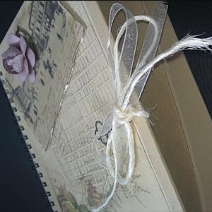 "Anteckningsbok ""Memories"" A5-format."