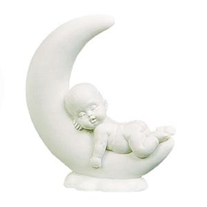 Sovande baby på måne 1