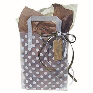 Färdig Presentpåse med band, tag, silkespapper. Choklad.