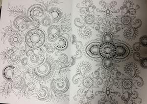 Målarbok för vuxna: Mehndi & tatueringar